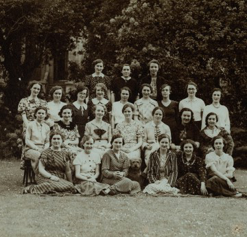 Students of Beck Hall: 1936-7. Courtesy of the Richard Burton Archives, Swansea University (reference: 2006/06)